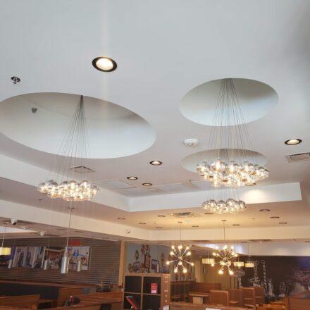 IHOP Interior 003